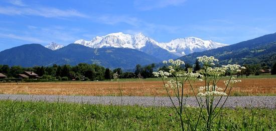 Panorama sur la Mont Blanc en Haute Savoie